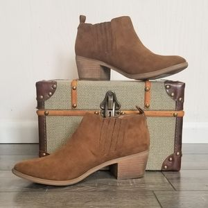 Melrose and Market Brown Josie Fab Booties